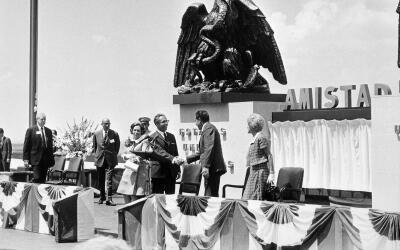 El presidente Richard Nixon y el presidente de México Gustavo D&i...