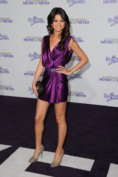 Cuando aún tenía una relación con Justin Bieber, Selena asistió a la pre...