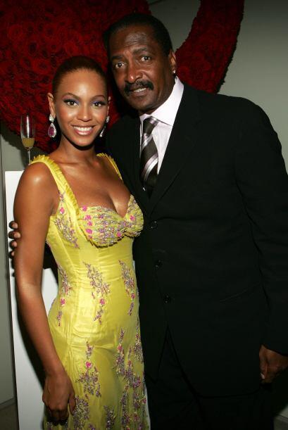 Pero fue Mathew Knowles, padre de Beyoncé, quien dijo que los rumores de...