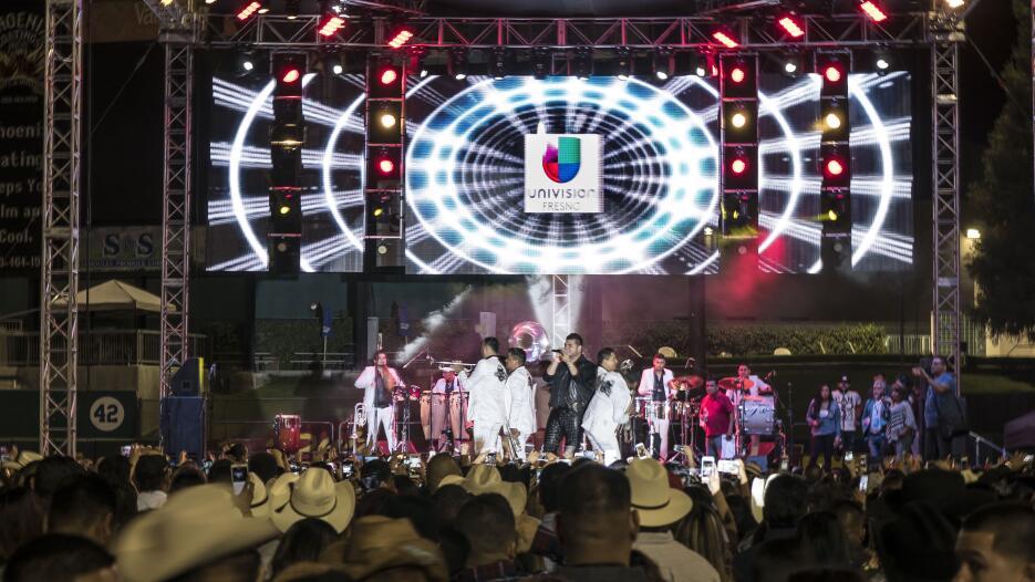 Jaripeo-Baile en Fresno