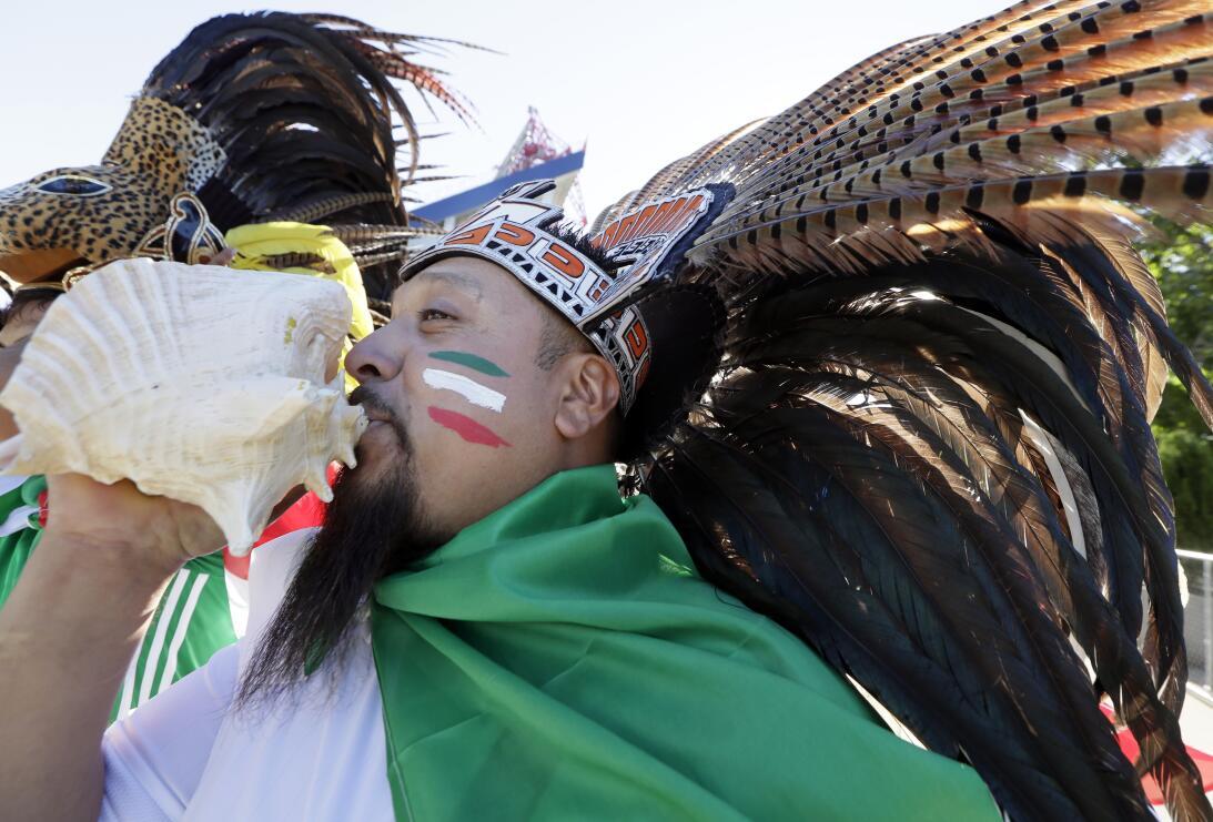 La fiesta del Tri en el triunfo contra Nueva Zelanda AP_16282784407373.jpg