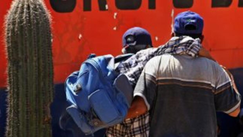 Mexicanos deportados de Estados Unidos denunciaron que han sido asaltado...