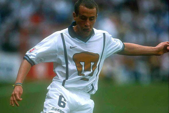 Gerardo Torrado, actual Capitán del Cruz Azul, es uno de los 12 jugadore...