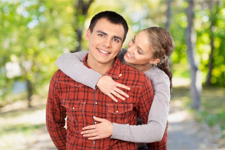 Además, el contacto humano a través de un fuerte y sincero abrazo, tiene...