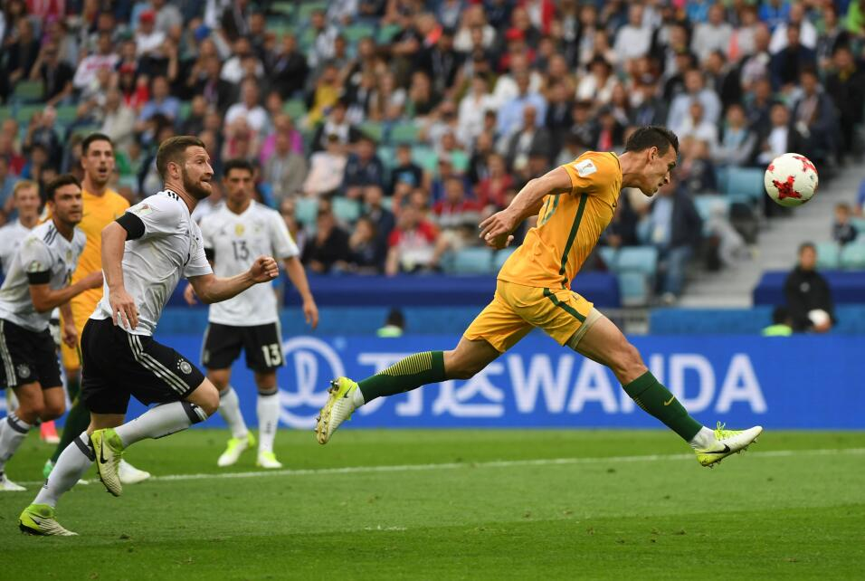 Alemania sufre, pero vence a una aguerrida Australia GettyImages-6976873...