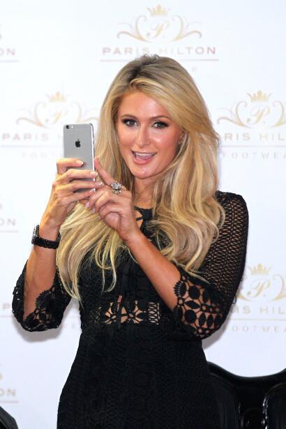 Paris Hilton presentando su nueva línea de zapatos en la Ciudad d...