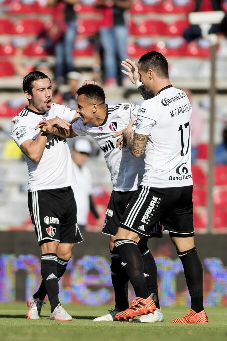 Vuelve Rafa Márquez y Querétaro le regala el empate al Atlas ravel-morri...