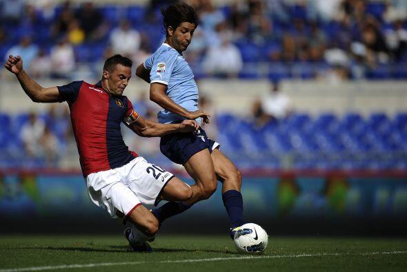 Lazio jugaba ante su público en el duelo ante el Génoa.