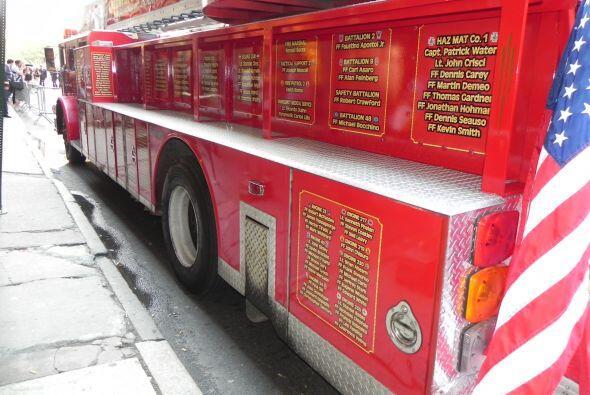 Carro bombero recuerda a sus caídos el 9/11 2862d4643b644936b0cb4ef81058...