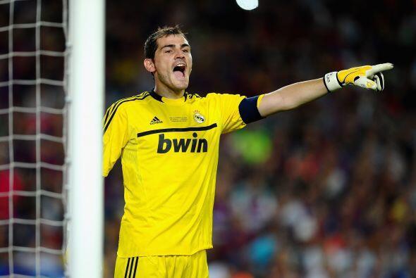 Iker Casillas es el mejor portero del Mundo. Consagrado con la selecci&o...