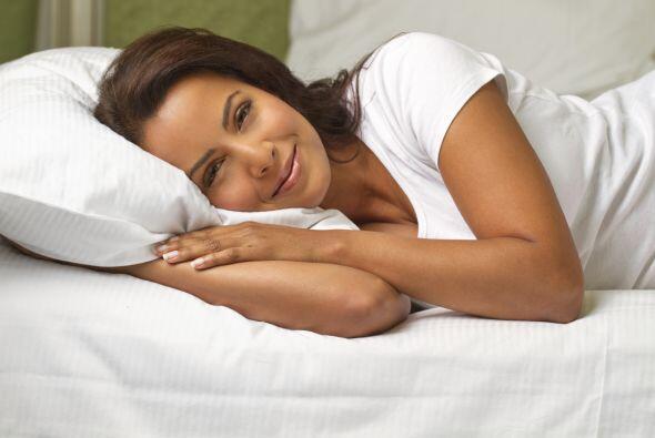 4)Ponte cómoda. Crea una atmósfera ideal para dormir. Procura que el es...