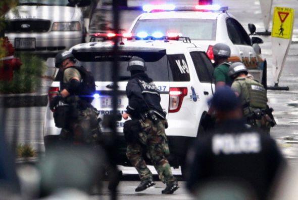 El tiroteo de registró a las 8:20 AM del lunes. Inmediatamente de...