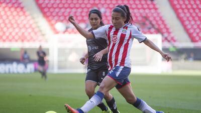 Las campeonas del fútbol mexicano femenil se impusieron 2-0 ante Monterr...