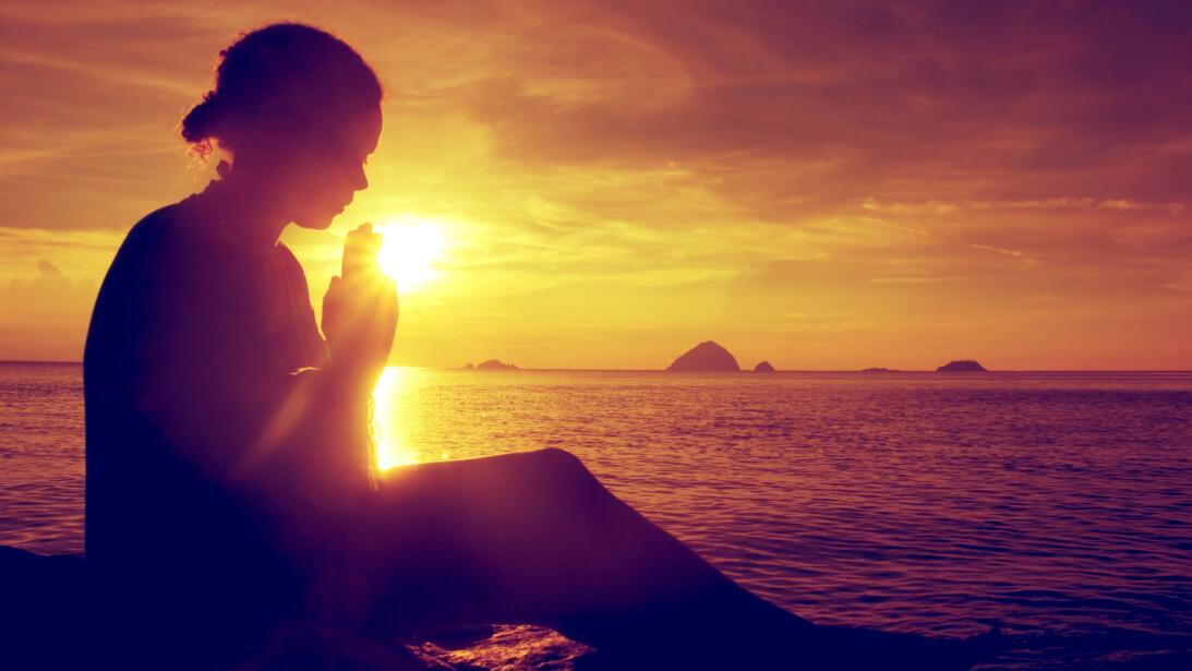 madurez espiritual - rezar - pedir a Dios - rezando