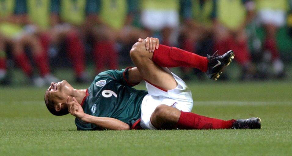 Jared Borgetti, entre los peores delanteros de la Premier League AP_0206...