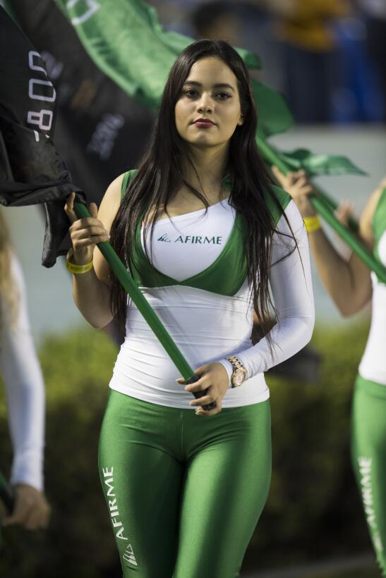 La belleza de la Liga MX presente en la Jornada 10 20170411_2805.jpg