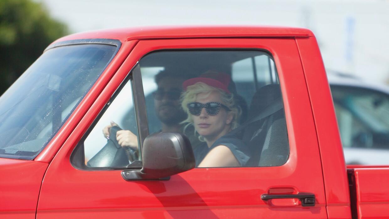 Lady Gaga en su Ford F-150 SVT Lightning
