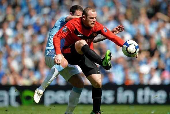 Tampoco lució mucho Wayne Rooney, otro candidato a mejor jugador, con mo...