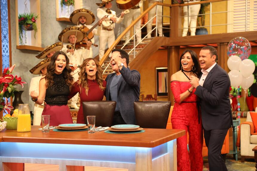 Ana, Karla y Raúl cantando desde el fonde de su corazón.