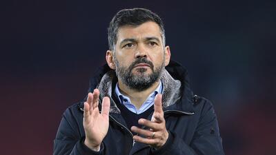Técnico de Porto vuelve a explotar contra Osorio y el Tri