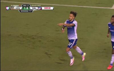 Goooolll!! Maximiliano Urruti mete el balón y marca para FC Dallas