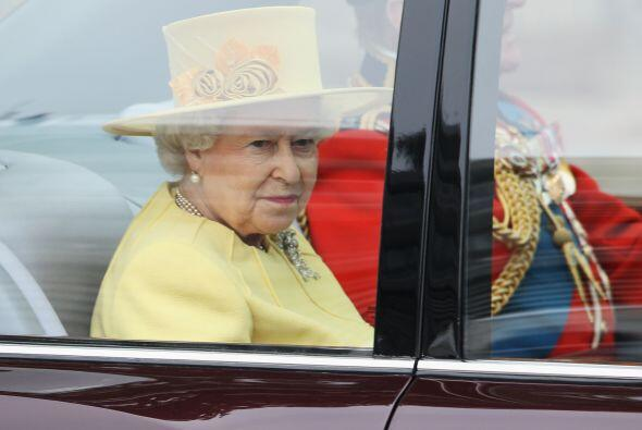 La Reina de Inglaterra Elizabeth II junto al Príncipe Philip, el Duque d...