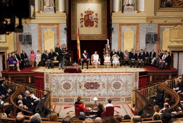 En su primer discurso al frente del trono español prometió...