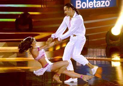 Latin y Mariana derrochan talento en la pista de baile.