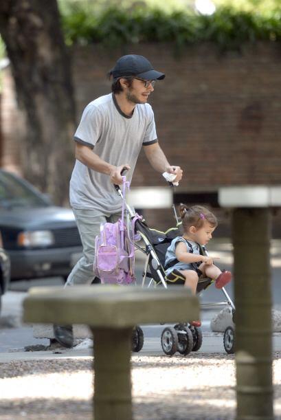 Libertad disfruta de los paseos con su papá sin remordimientos por su he...