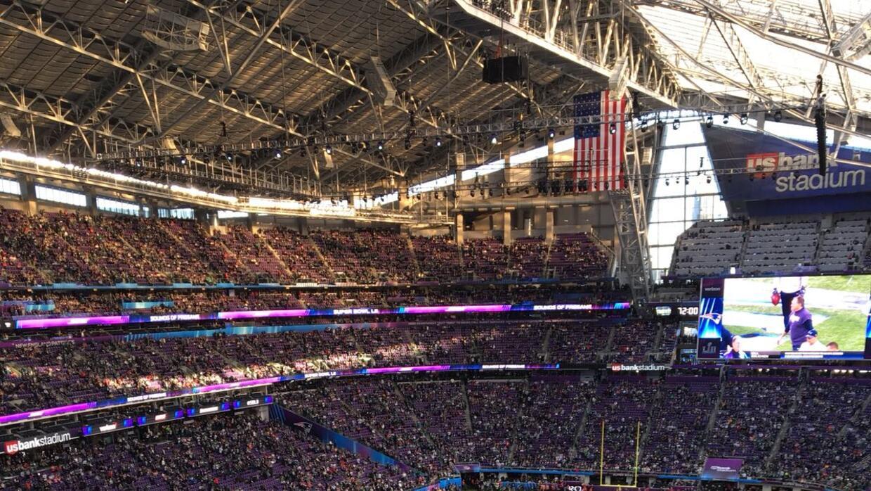 ¡Todo listo en el U.S. Bank Stadium para el Super Bowl LII! Los Pa...