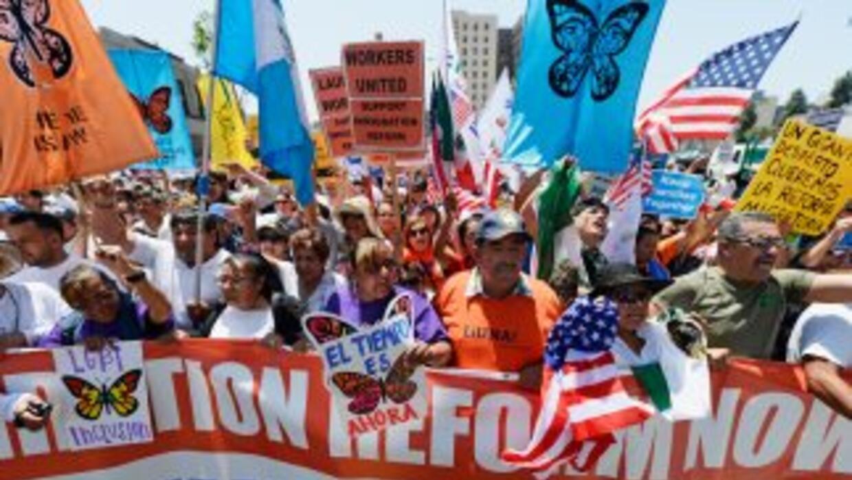 Más de 11 millones de indocumentados aguardan una oportunidad para legal...
