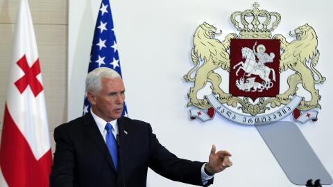 Mike Pence, vicepresidente estadounidense, durante una conferencia de pr...