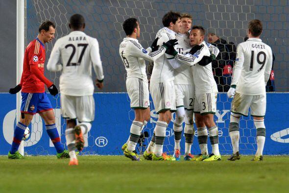 Pero Thomas Müller casi de inmediato, también con un penalti...