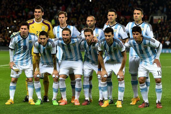 Grupo B: Argentina, Uruguay, Paraguay, Jamaica. Sabemos que en el fútbol...