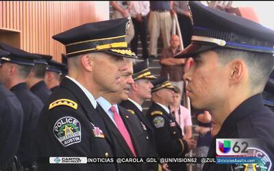 70 cadetes se unen a la Policía de Austin