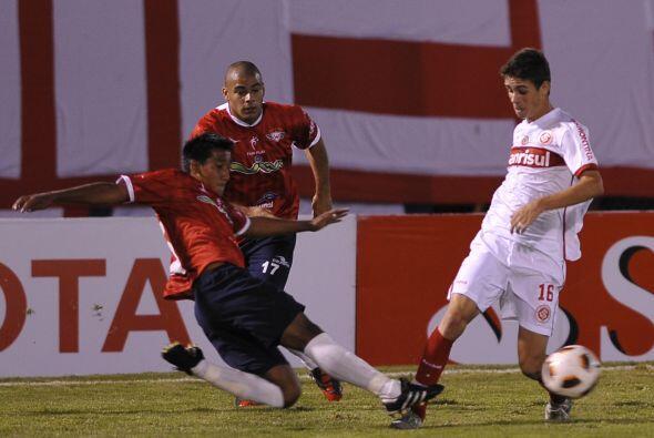Inter de Porto Alegre sumó siete unidades con la victoria conseguida en...