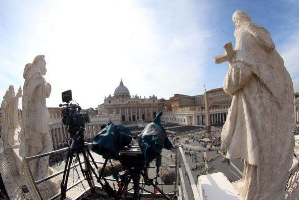 Federico Lombardi, explicó que la Plaza de San Pedro y la Vía de la Conc...
