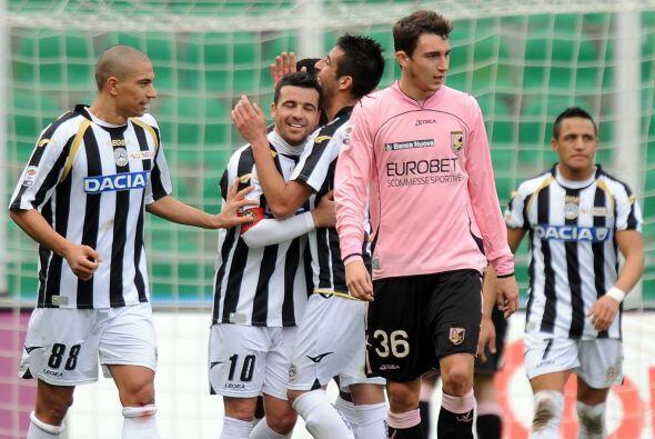 Di Natale marcó un 'hat-trick' y por ello el Udinese humilló al Palermo...