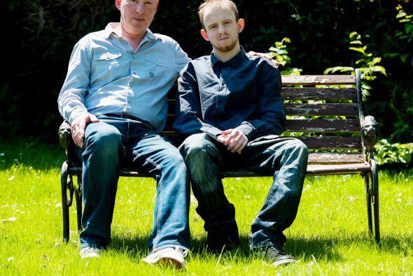 Un padre se preparó para la muerte, la enfermedad de su hijo quién neces...