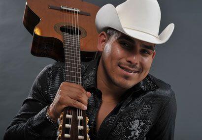 Este 2009 Espinoza Paz está promocionando su nuevo álbum 'No canto, pero...