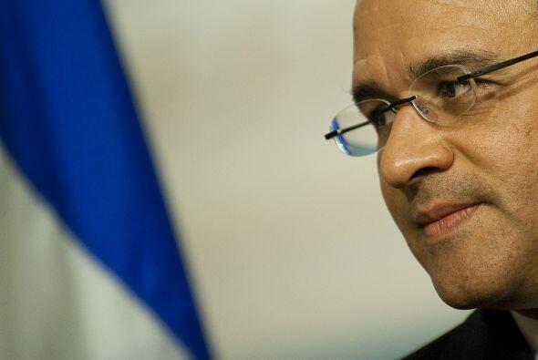 El presidente Mauricio Funes alcanzó su más baja calificac...