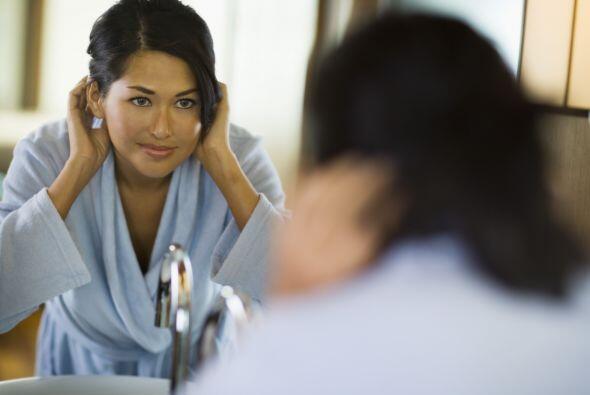 Redescubre tu imagen corporal y abraza a la mamá que te devuelve el espejo.