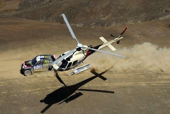 Generalmente los helicópteros son la única manera de obtener imágenes de...