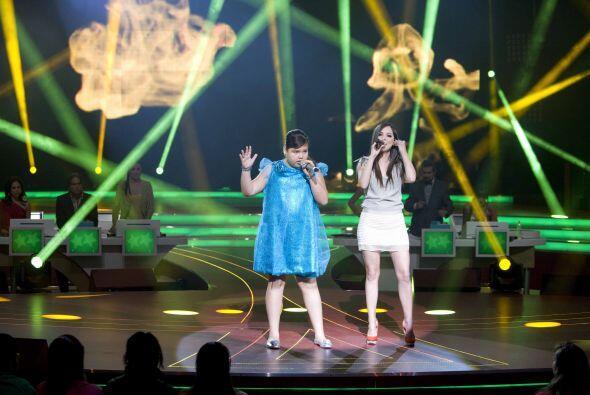 Sus potentes voces se juntaron en el escenario para impresionar a todos.