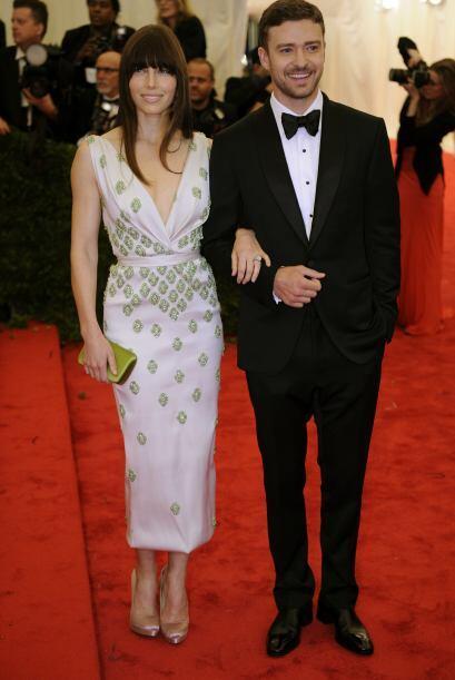 Jessica Biel y Justin Timberlake muy cariñositos como recién casados. Mi...