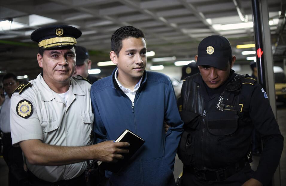 El hijo del presidente, José Manuel Morales, acudió volunt...