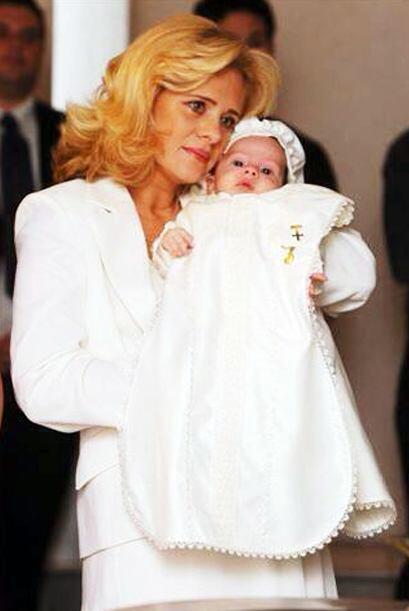 En 2005 Érika se convirtió en mamá del pequeño Nicolas de Jesús.
