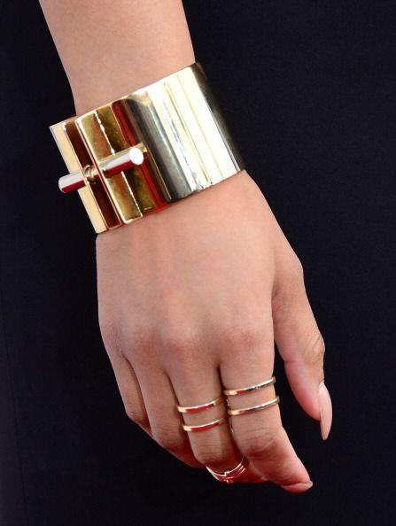 ¡Llevar varios anillos sobre el mismo dedo es una regla que ahora está e...