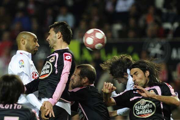 Sevilla y Deportivo La Coruña jugaron un partido muy emocionante.