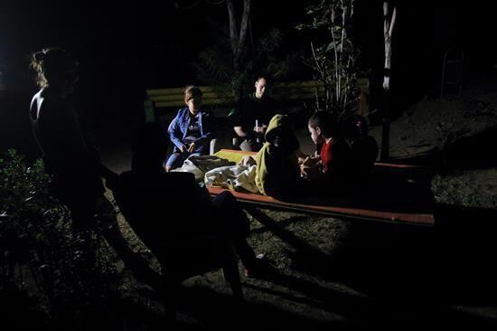Las autoridades informaron por la noche que una joven murió luego del te...